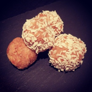 Cinnamon peanut peanut balls - recipe coming very soon!