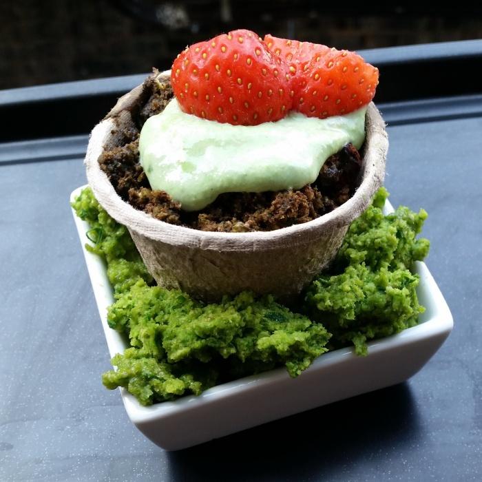 The Wimbledon cupcake